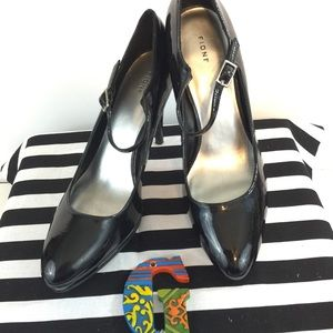 Fioni Patent Pump with Strap Size 8.5